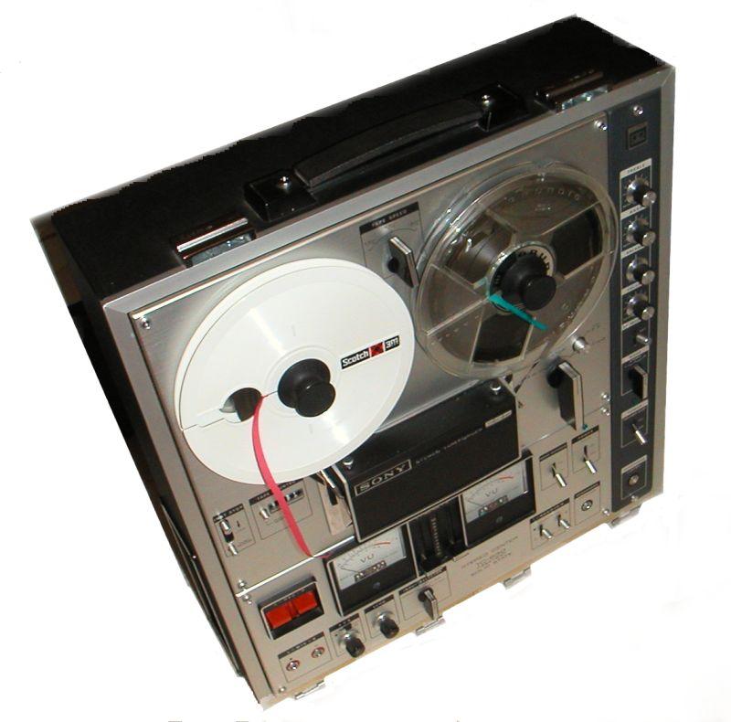 Registratore a nastro Sony, ideale per il backmasking (Immagine presa dal web)